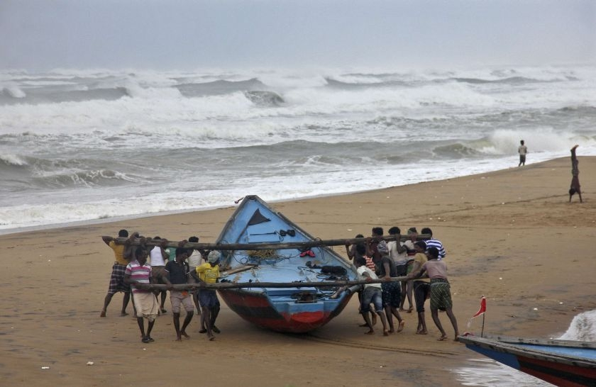 hudhud fishermen taking out boat
