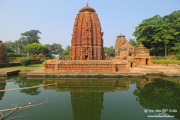 mukteswar temples