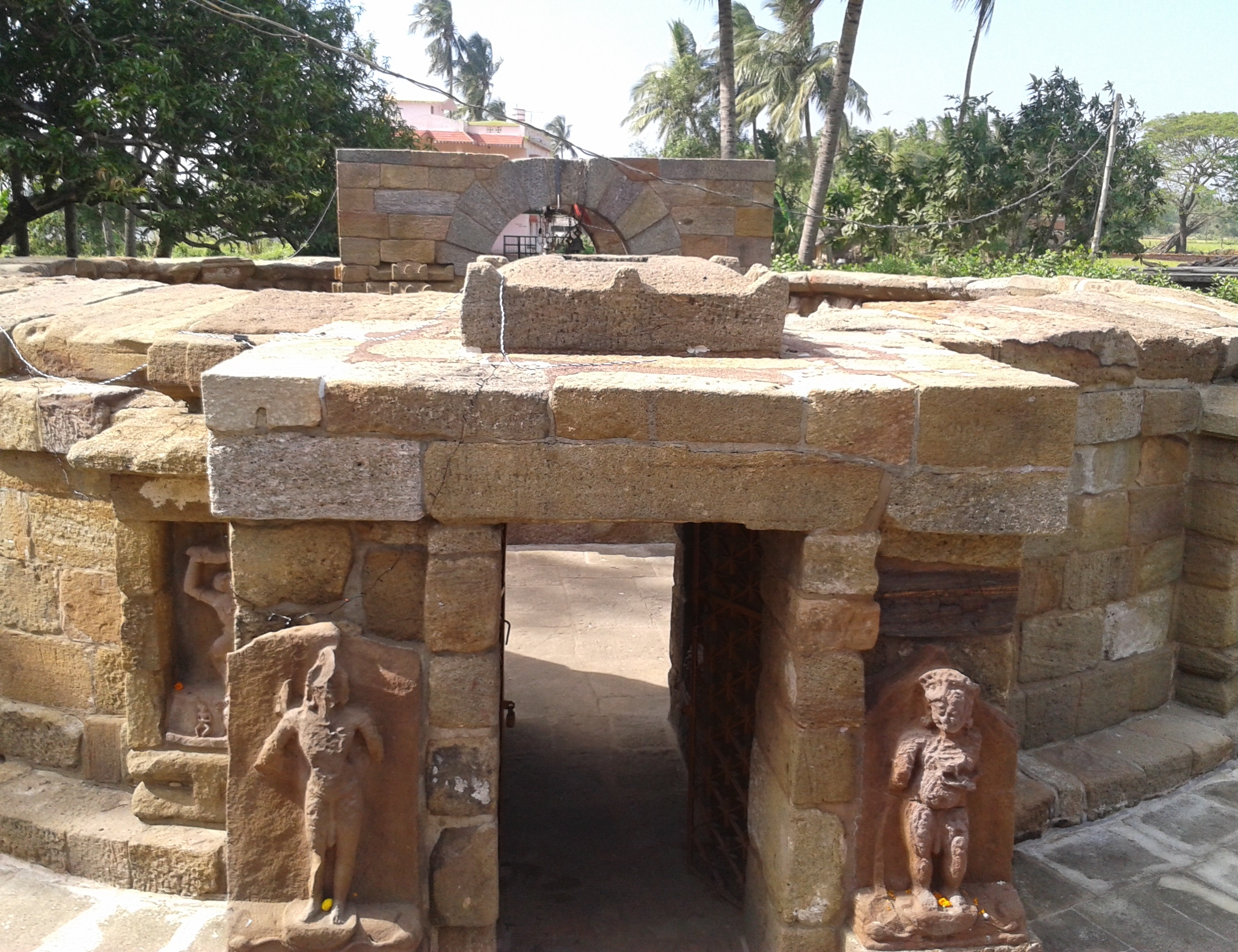 Chausathi yogini temple bhubaneswar buzz