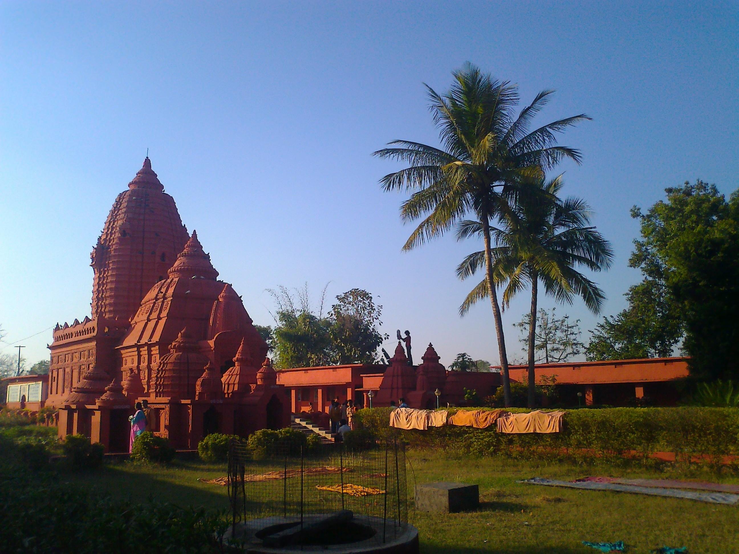 Bhima_Bhoi_memorial_Khaliapali_temple