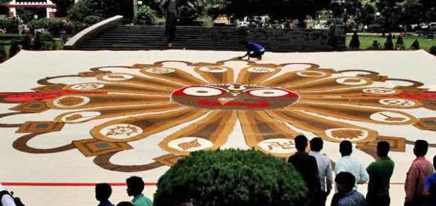Giant Rakhi in Bhubaneswar aiming for Record in Limca Book