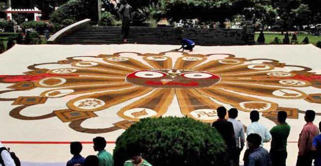 Giant Rakhi bhubaneswar buzz