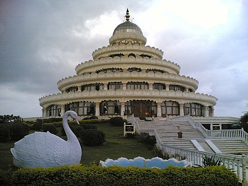 art of living center bangalore bbsrbuzz 1