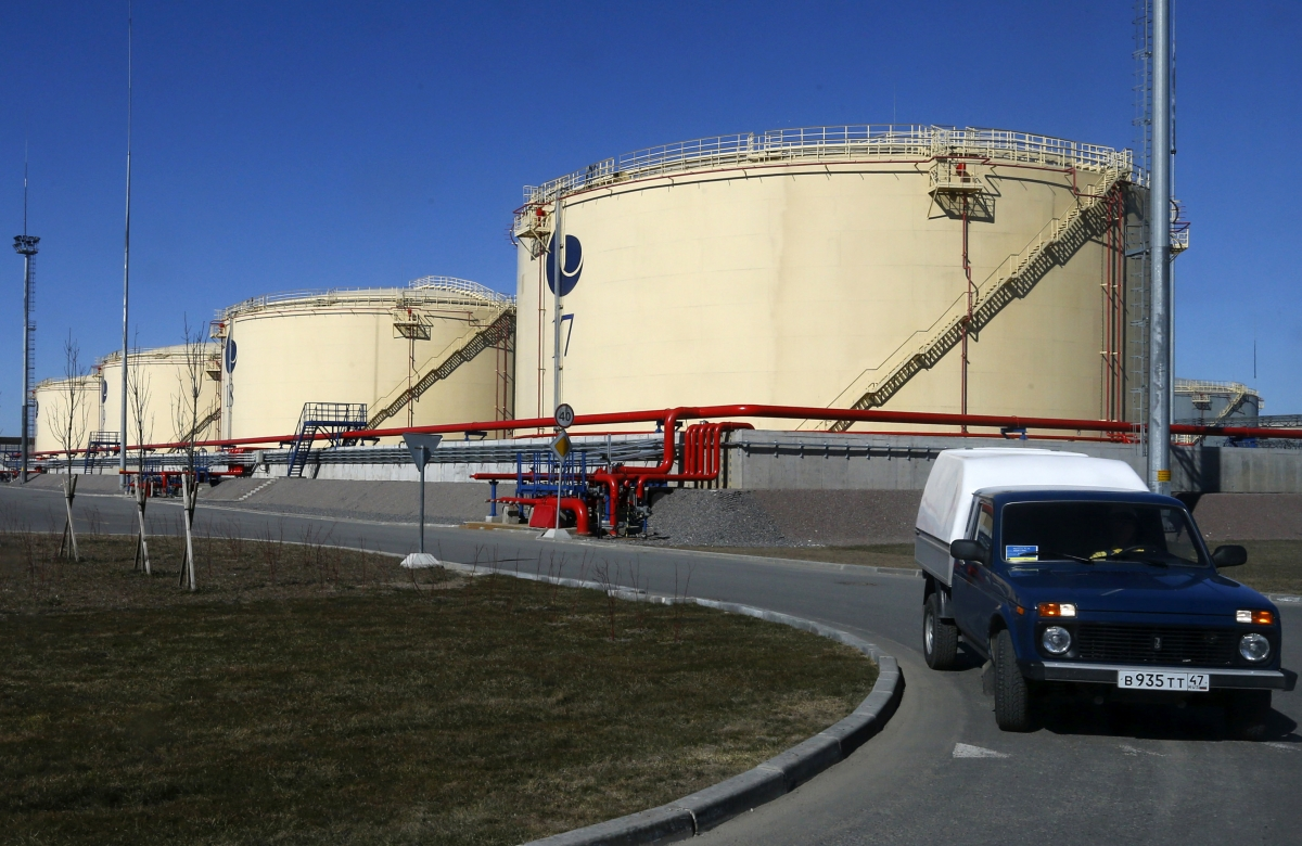 oil-storage-tanks