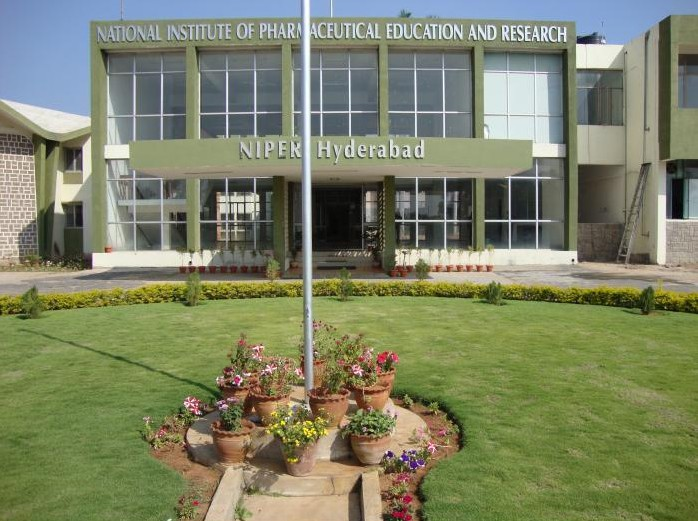 national-institute-of-pharmaceutical-education-and-research-niper-hyderabad-e1441693318406