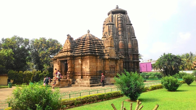 Rajarani Temple Sinchan Das bbsrbuzz