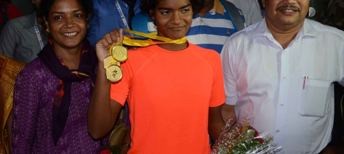 Amazing Swimmer from Odisha : Pratyasa Ray wins 5 medals in South Asian Aquatic Championships in Colombo