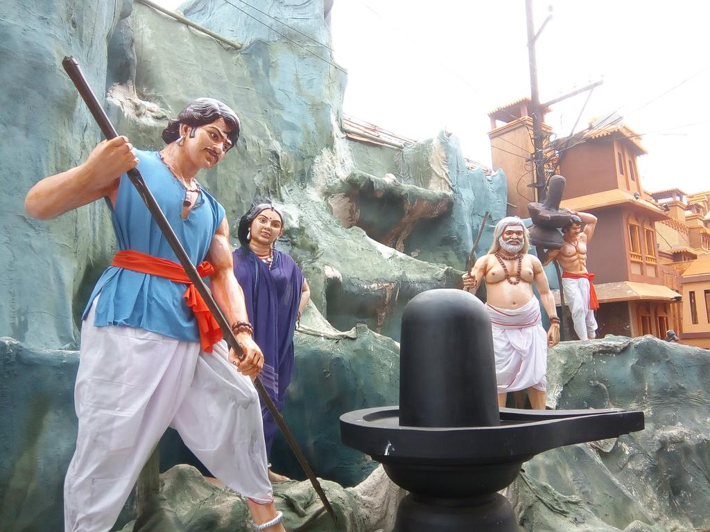 Bahubali theme durga puja old station bbsrbuzz 1