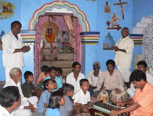 Mahatma gandhi idol sambalpur bbsrbuzz 1