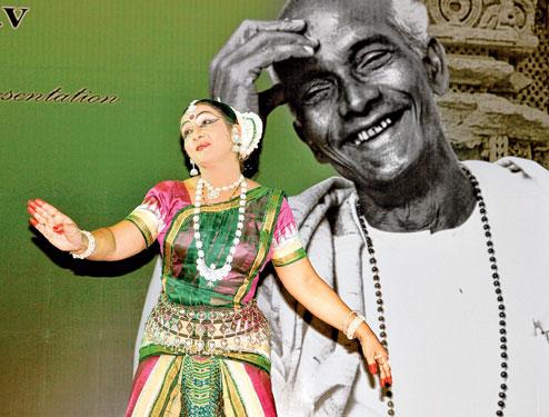 Guru pankaj charan das odissi bhubaneswar buzz