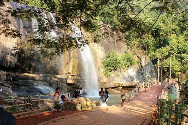 mesmerizing gandahati waterfall in odisha   a photo essay by satyanarayan samantray