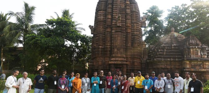 Ekamra Walks continue to enthrall : Art conservationists, experts and IIT Prof explore monuments this week