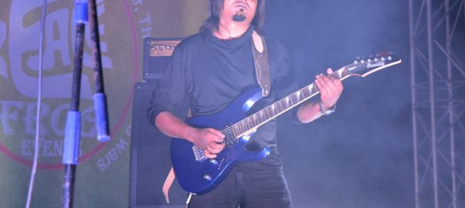 Born in Rourkela Odisha Suresh Beck is the most sought-after bass guitar player in Hyderabad, heard about him yet?