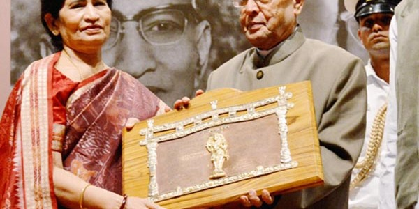A synopsis on the illustrious career of Pratibha Ray : one of the most prolific Odia Women Writers