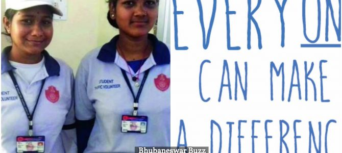 Setting an example for honesty, Cuttack JKBK college girls return Rs 1 lakh found on road during traffic volunteering