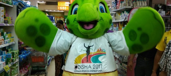 Asian Athletics Social Connect Day 1 : Olly delights young and old during social connect initiatives
