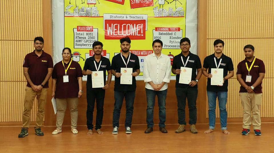 Vssut Burla Team Wins 2nd Rank In All India Robotics Competition
